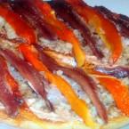Tostas de berenjena con anchoas Arroyabe