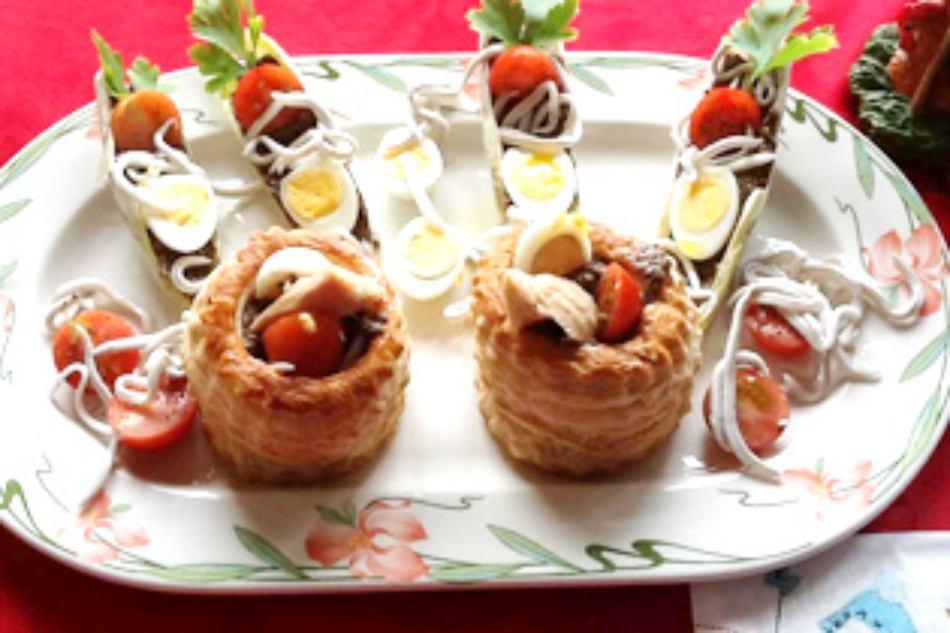 Volovanes con anchoas bonito y gulas