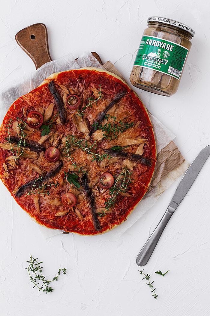 Pizza de atún y anchoas cantábrico